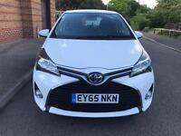 2015 Toyota Yaris 1.33 Automatic VVT I Icon-5dr White Full Service History