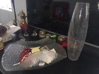 1 glass vase and 1 glass bowl