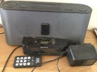 Radio alarm iPod docking station clock