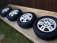 """Set of 4 Honda CRV 15"""" alloys with all-terrain 4x4 tyres"""