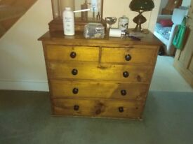Nice old pine chest of drawers.