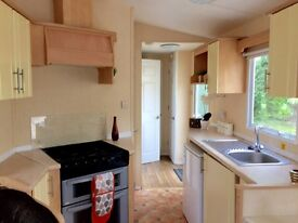 CHEAP immaculate 2 bedroom holiday home and site fees Essex