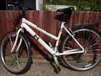 hybrid bike for sale, excellent condition,