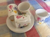 Melamine cups and side plates