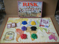 Classic (RISK) The World Conquest board game. By Parker Games 1996. Complete.