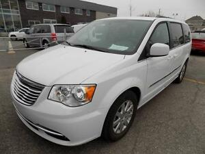 Chrysler Town & Country TOURING 2016 GPS/VOLANT CHAUFFANT