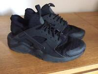 Nike Air Huarachi Black size 7