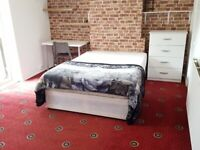 Large Self-Content Room with Private Nice Back Yard – To Rent (Short Term Available)