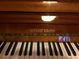 Reiger-Kloss, Modern Upright Piano, 88 Keys, 3 Pedals, excellent condition