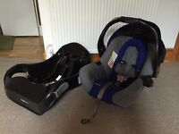 Gracco car seat with base