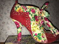 Irregular choice shoes size 6 in fantastic condition.