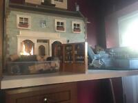 Collectors dolls house /shop