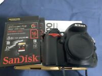 Nikon D7000 Boxed with all the cables and accessories - GREAT CONDITION