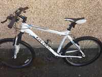 Mens mountain bike for sale only selling due to no room for it