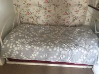 Pull out sofa bed/ day bed