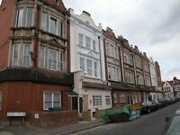 Cosy 2 Bed Flat Ideal For Sharers Or Students Close To Tooting Mainline Station & Local Amenities