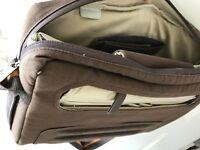 Belkin Laptop Bag - 15 in