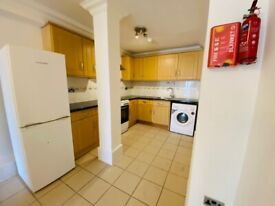 Beautiful, clean 2 bedroom flat in the heart of Upton Lane, Upton Heights E7