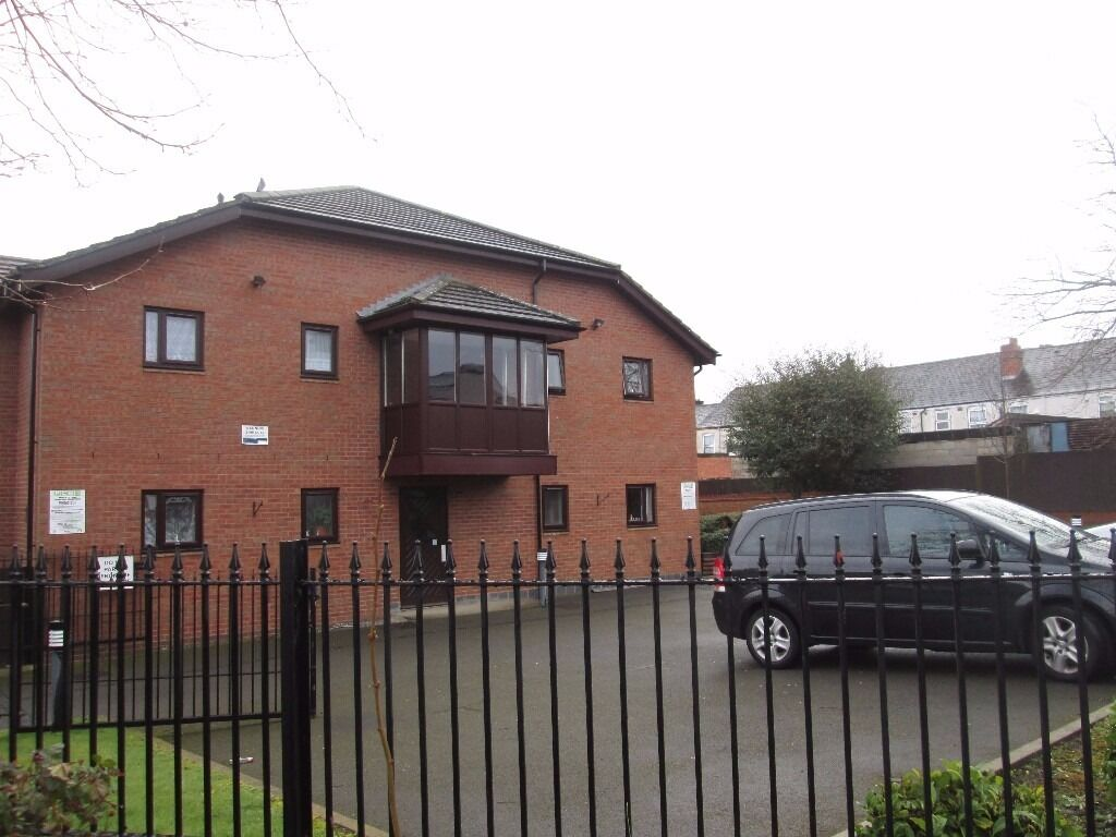 ***ONLY OVER 50's***FIRST FLOOR STUDIO FLAT***NO DEPOSIT**HOUSING BENEFIT TO PAY FULL RENT**GRACE RD