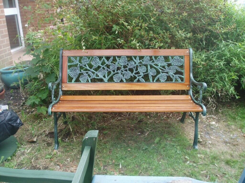 Brand new wrought iron garden furniture redhill