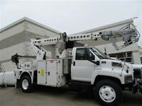 2004 GMC 8500 service bucket cable placer truck