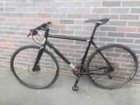 Like New Charge Zester 2013 Hybrid/Town bike Unisex 19 inch frame Medium from 170cm to 184 cm max
