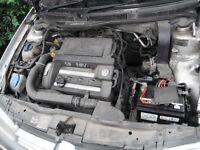V W GOLF 1.6 SE 16V MK 4,REFLEX SILVER,SUPERB CAMBELTED ENGINE,GEARBOX,SUPERB BUMPERS,WINGS,DOORS