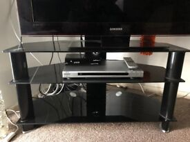 TV Samsung LE40A756R1M 40 INCH - STAND FREE BOUGHT FOR 80 POUNDS