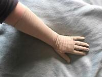 Vintage Dents Soft Kid Leather Gloves 7 1/2 French With Vintage Glove Stretcher. Very good conditio