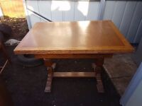 Solid wood FREE DELIVERLY 1960s table and 4 chair's