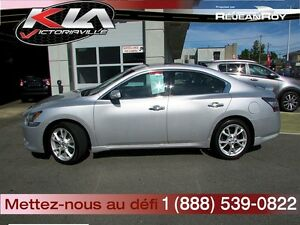 2012 Nissan Maxima SV  Cuir, Toît...Condition Showroom !