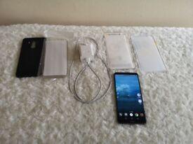 Huawei Mate 10 Pro, Unlocked, 128GB, 2 Free Cases Spigen, 2 Free Screen Protectors