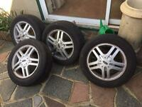 Ford Focus mk1 alloy wheels £60 the set will fit other 4 Stud fords