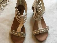 Linzi ladies sandals wedge white size 5/38 used £2