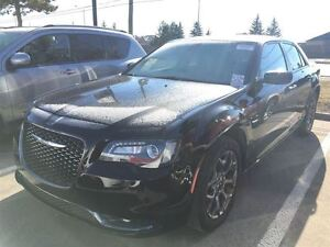 2016 Chrysler 300 300S AWD|Leather|Panoramic Sunroof