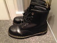 Dr MARTENS steel toe capped safety boots size 9