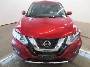 2018 Nissan Rogue SV! Moonroof! B-Up Cam! Alloys! Save over $430