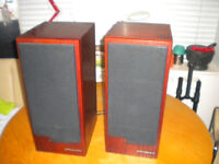 large stand mounted Wharfedale Emerald EM93 hifi audiophile speakers