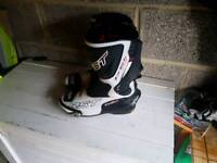 RST Size 9 boots
