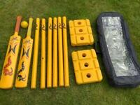 WOODWORM FREDDIE / KP MIXED PLASTIC CRICKET SET TWO BATS, TWO WICKETS, CARRY BAG