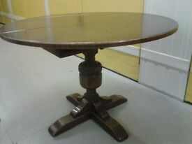 Round dining table,solid oak,hand carved,110-155cm,Jaycee