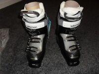 Salomon divine 65 ski boots