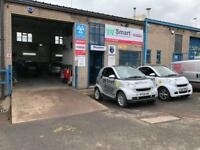Smart MOT and Service Centre GARAGE, CARBON CLEANING, GEL NUMBER PLATES, HID LIGHTS