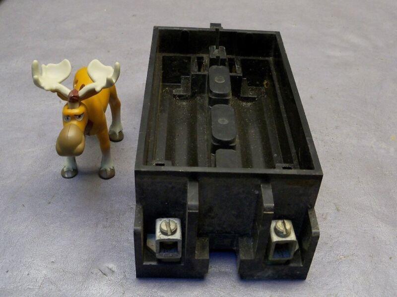 Arrow Hart 100 Amp Main Fuse Block 24200-12 (Block only)