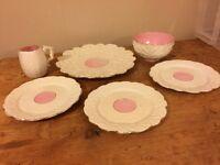 """Pretty white """"Daisy"""" Tea Set"""