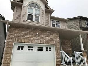 Beautiful 3 BDRM Single Detached Family Friendly Laurelwood Area