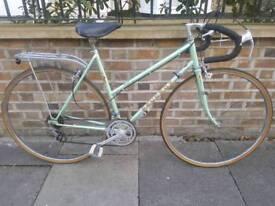 Peugeot ladies road bike green 53cm