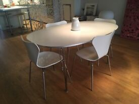 Fritz Hansen Super-Elliptical White Dining Table for 6 people