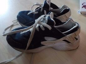 Used - Boys Nike Trainers Size 12 - Collect PE27 5JU or can Post for an extra £3.20