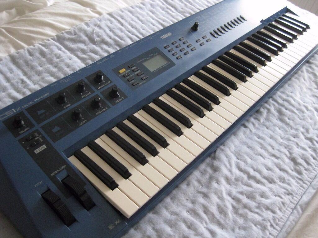 Yamaha cs1x vintage synth with digital and analogue for Yamaha midi controller keyboard